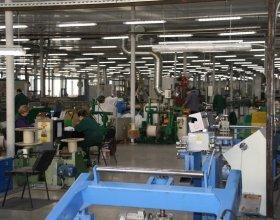 Процесс экструзии при изготовлении кабеля Инсил производства НПП Интех в Софрино